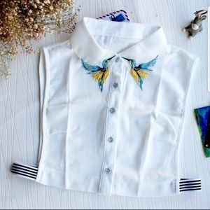Detachable sweater collar
